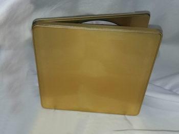 Goldene Geschenk-Metallbox
